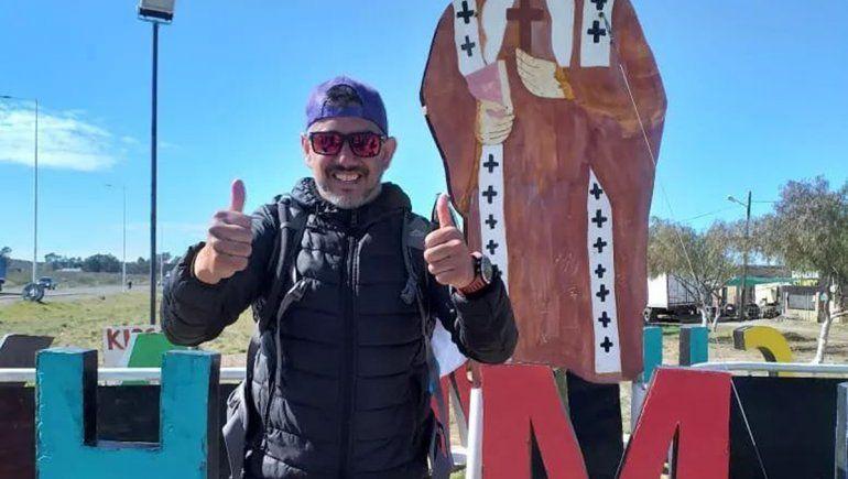 Rodrigo cumplió su misión y unió Los Menucos con Chimpay a pie