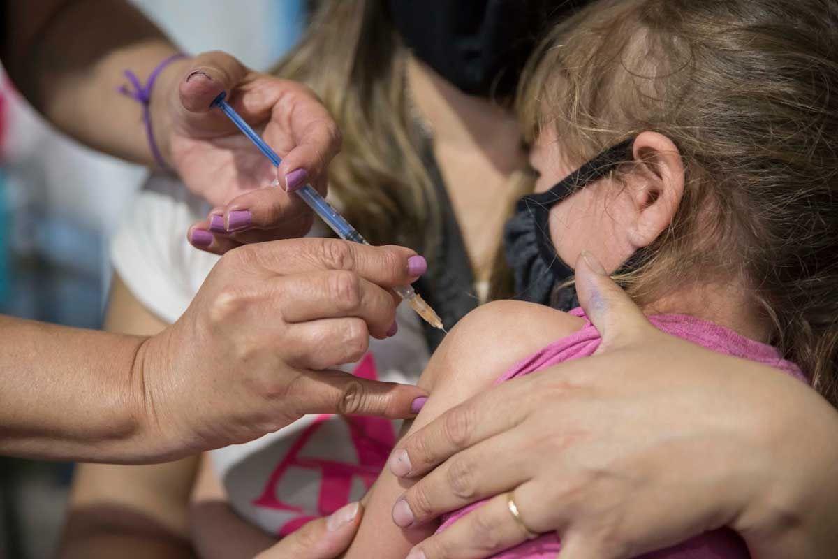 mas de 1.500 ninos se vacunaron en cipolletti contra el covid