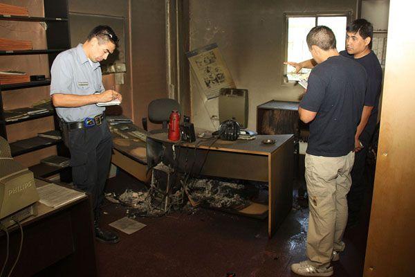 Fuego intencional en una oficina de la Secretaría de Fruticultura en Allen