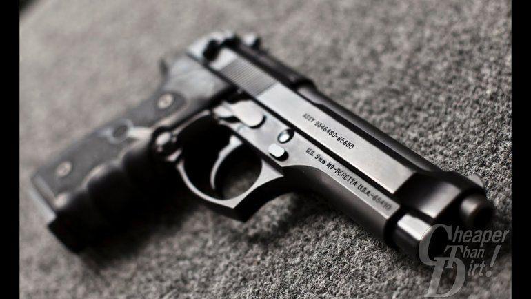 Policía imputada porque se le disparó el arma.