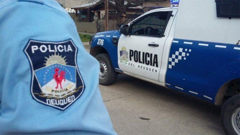 Atrapan a policías en fiestas clandestinas