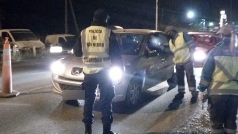 La policía controla desde este lunes la circulación en el Alto Valle