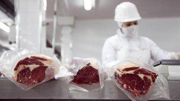 La demanda de carne a China influye en el aumento.