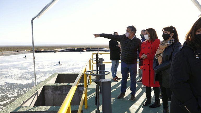 La gobernadora recorrió la nueva planta cloacal de Las Grutas