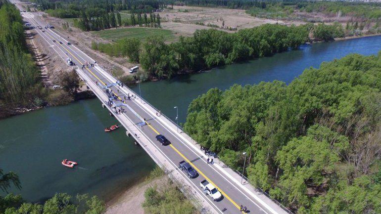 Desde las 10 la opción será el tercer puente para ir a Neuquén