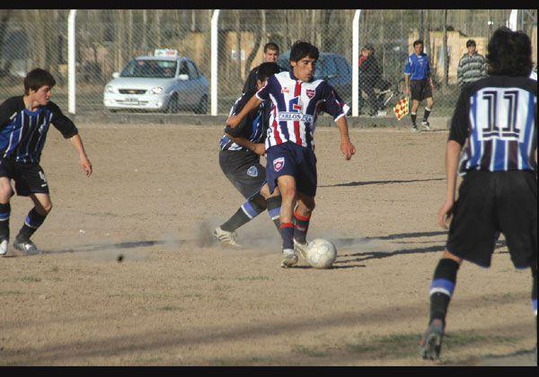 Argentinos ganó en Los Unidos