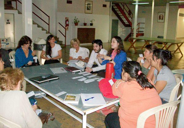 Se multiplican los talleres del Centro de Escritores del Comahue