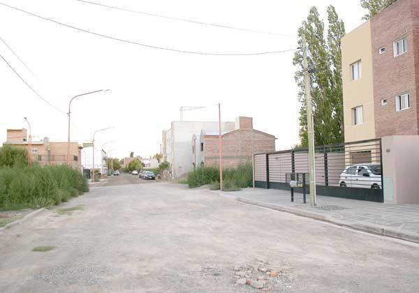 Robó en dos viviendas de la misma calle del Arévalo