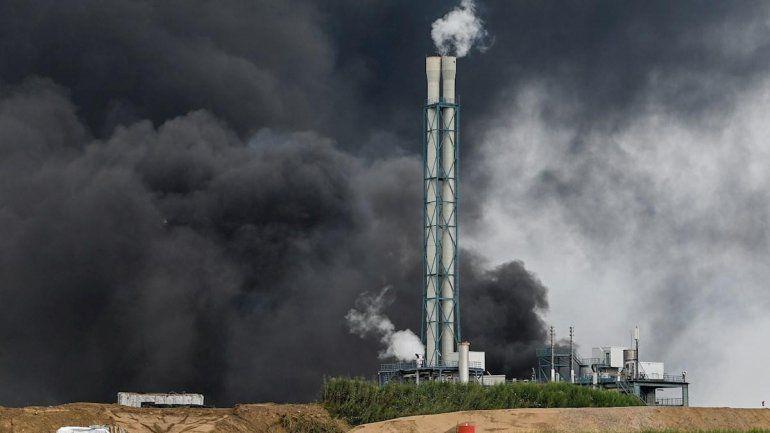 Explotó una planta química de Bayer: muertos, heridos y desaparecidos