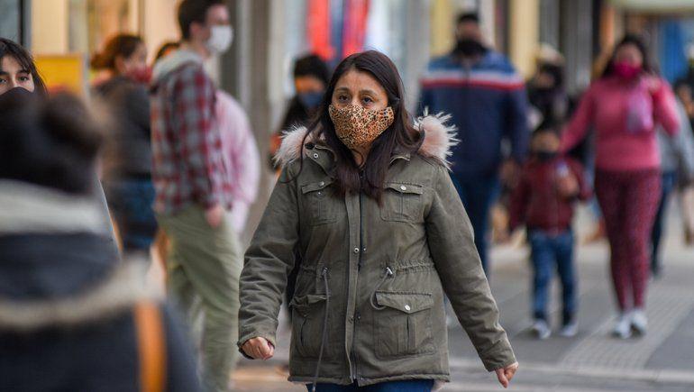 Con dos muertos y 16 nuevos casos en un día, crece el coronavirus en Neuquén