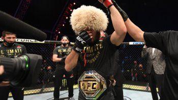 UFC: desmayó a su rival y anunció llorando su retiro por un drama