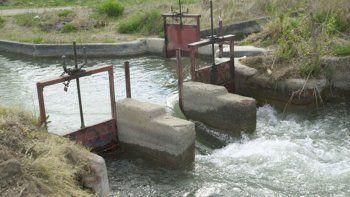 La apertura de las compuertas en el dique Ballester marca, cada año, el inició de la temporada de riego. Esta vez, será con el telón de fondo de la escasez hídrica en las cuencas.