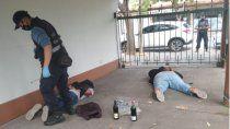 rodearon a dos ladrones en una casa del centro