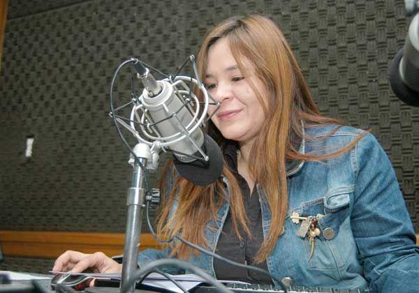 Paula Leguizamón, una voz referente de la radio cipoleña