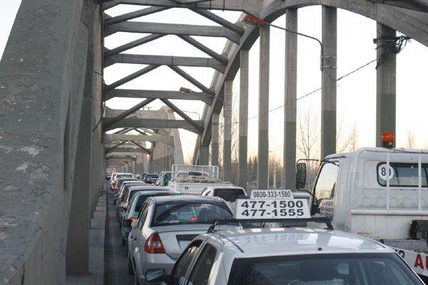 Corte en la zona de los puentes