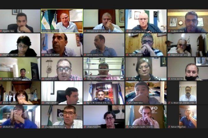 Tras la reunión con intendentes, Carreras definirá las restricciones en Río Negro