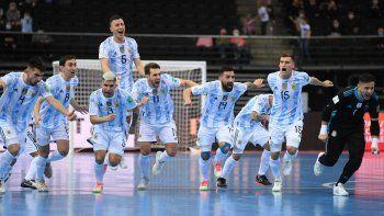 ¡Argentina, a semis del Mundial de Futsal! Penales y la reacción de Messi