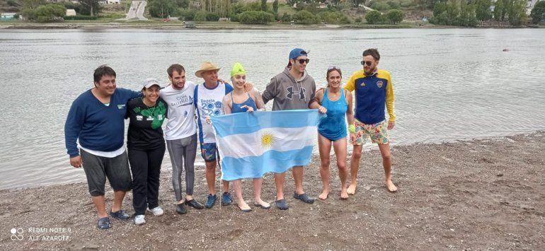 En las aguas del río Negro: Lascano nadó 114 kilómetros