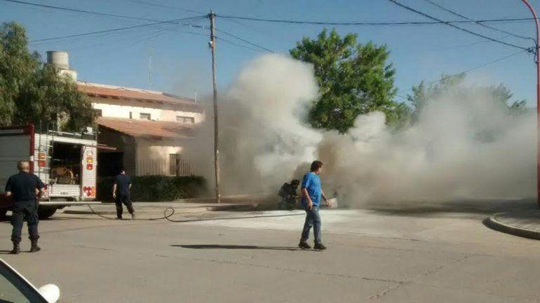 Ardió un taxi en Belgrano y Lavalle