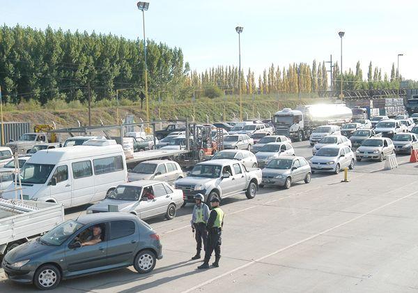 Nuevo corte en los puentes trajo caos vehicular y malestar