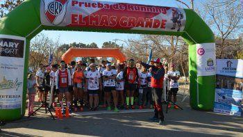 Una carrera de running de River en La Cueva del León: ¿En qué consiste?