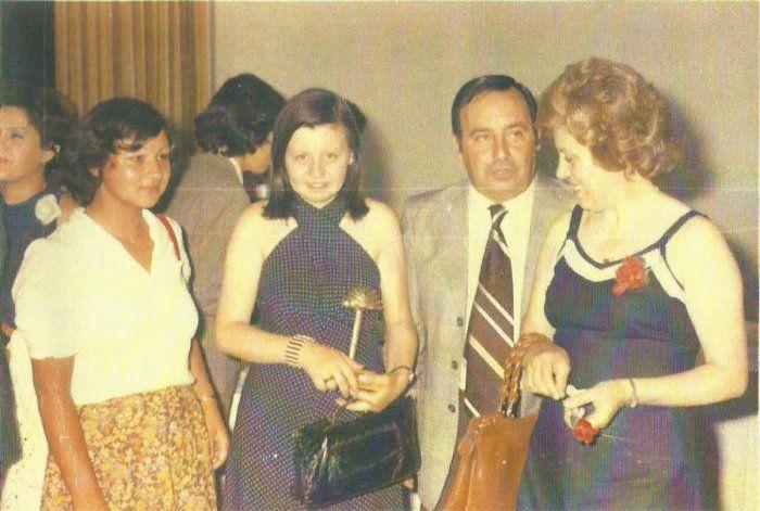 Radivoy, junto a su esposa e hija.