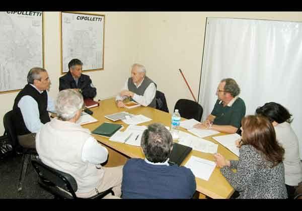 Uribe comprometió más seguridad para Cipolletti