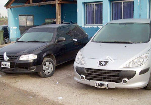 Tres vehículos secuestrados en Caminera
