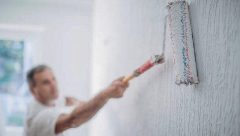 Pintor se accidentó y lo echaron de la obra