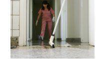 En el sector del servicio doméstico la mayoría de las empleadas tiene ingresos que las mantiene cerca de la extrema pobreza.