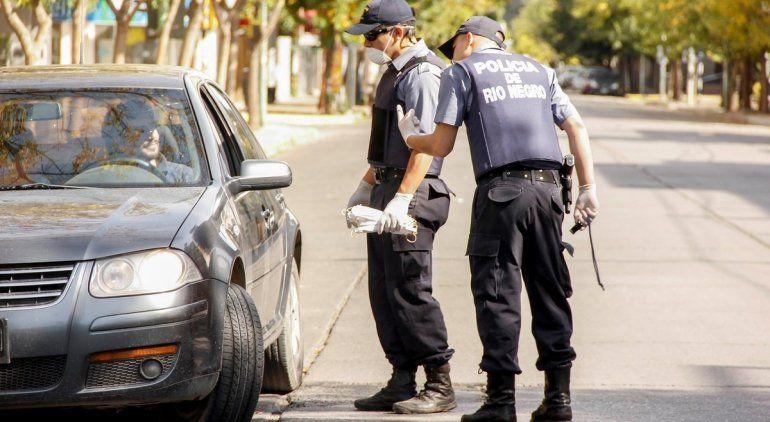Vergüenza: los detenidos por violar la cuarentena no cesan