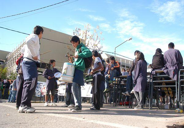Calle Sarmiento cortada por protesta estudiantil