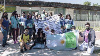 reclamaron por el acto de egresados en una escuela primaria