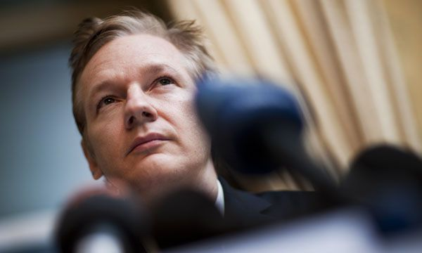 Julian Assange, el fundador de WikiLeaks, fue detenido en Londres