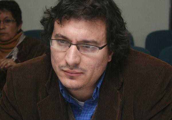 Pica acusó al oficialismo de embarrar la cancha en la campaña electoral