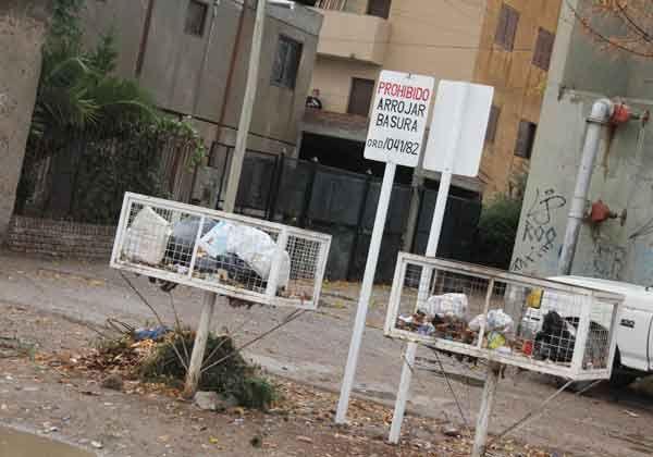 Comenzó el plan municipal para eliminar los contenedores en la ciudad