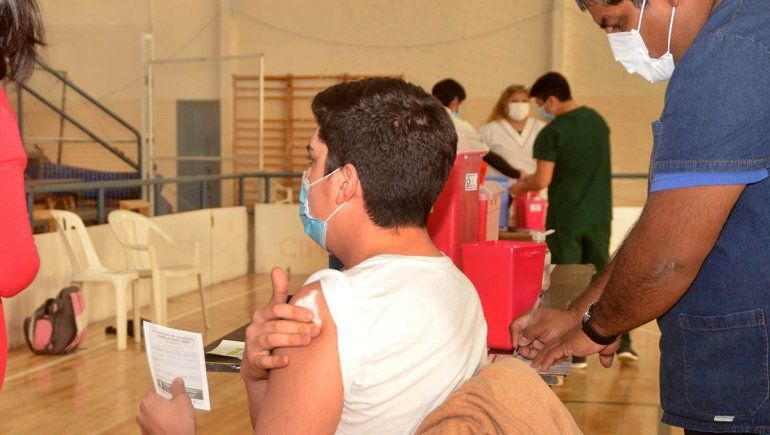 Río Negro: adolescentes ya se pueden inscribir para vacunarse contra el Covid