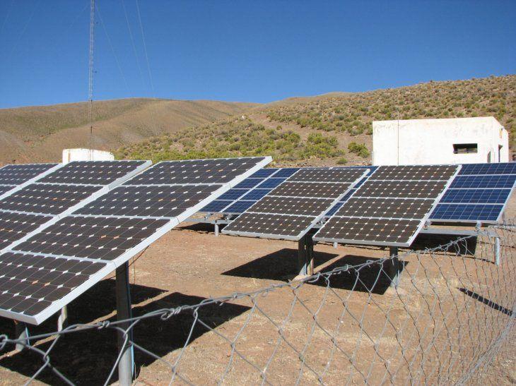 Se conocieron las ofertas para construir cuatro mini redes renovables en Río Negro