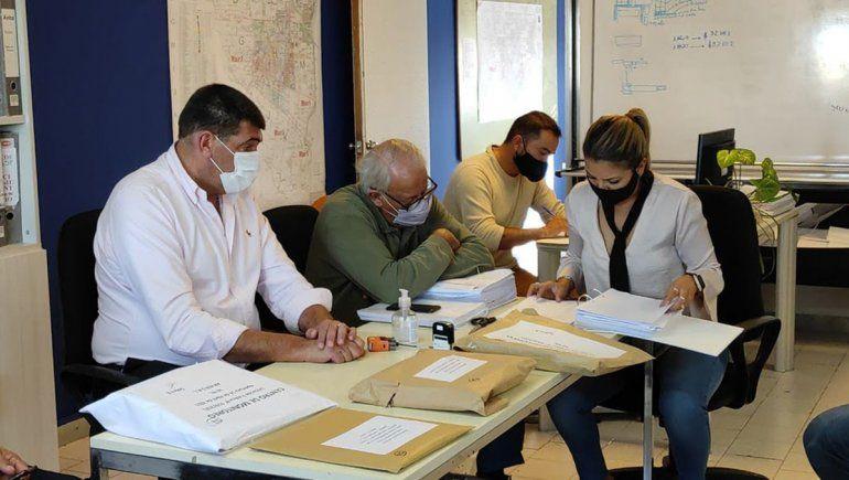 Dos propuestas para la construcción del Centro de Monitoreo 911