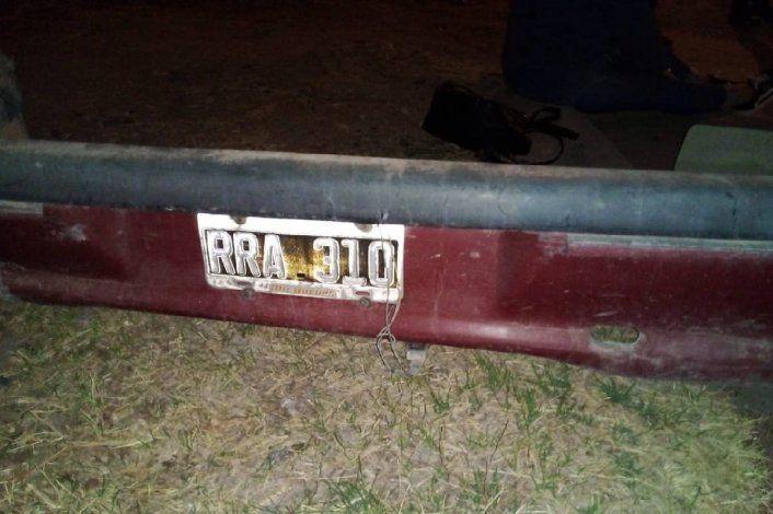 El conductor del auto que chocó y escapó volvió por su paragolpe