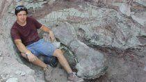 guillermo, el rionegrino que de nino encontro fosiles y hoy trabaja en el paleoparque comallo