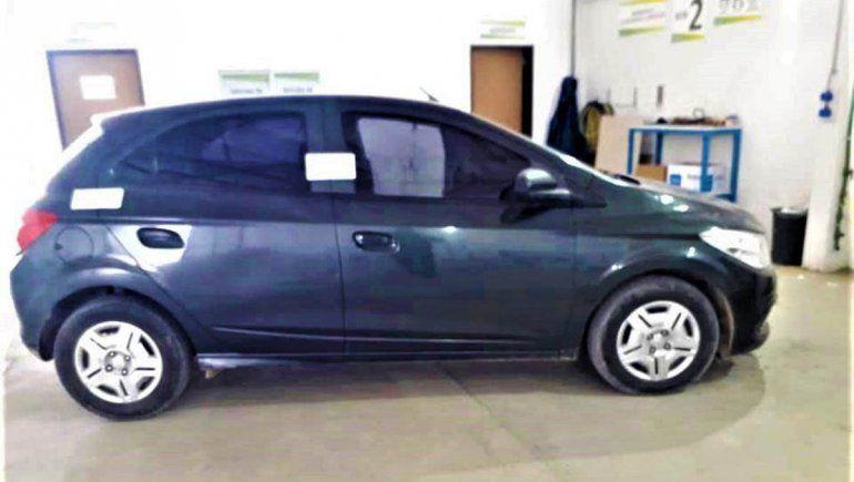 Encontraron en Cipolletti el auto de una familia estafada en Roca