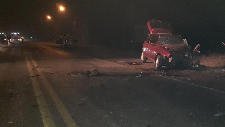 Ruta 151: terrible choque entre dos autos dejó una persona herida de gravedad