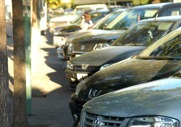 Postergan ampliación del estacionamiento rotativo