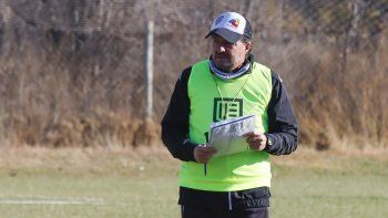 Gustavo Raggio dio el ok para la cancha grande de Cente.
