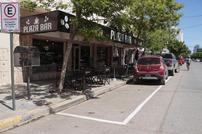Bares y restaurantes, en la recta final para sacar mesas a la calle