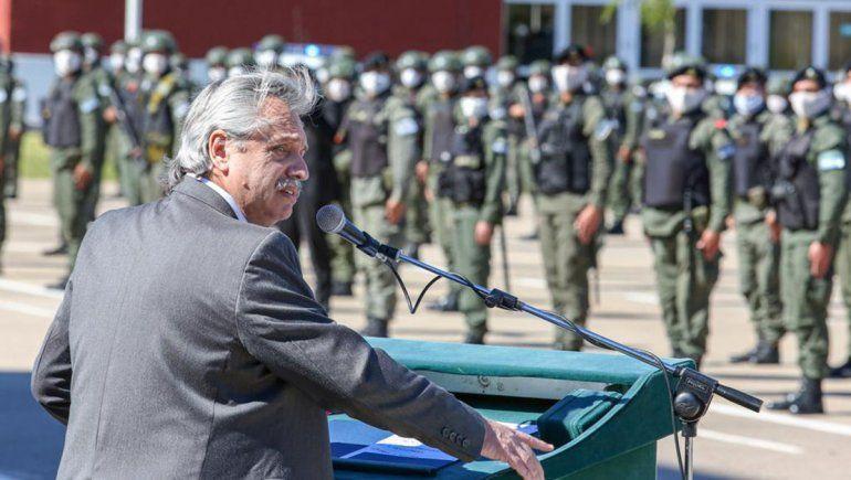Fernández: No estamos acá para dejar caer empresas y argentinos sin trabajo