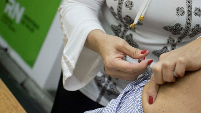 Salud comienza la vacunación contra el coronavirus