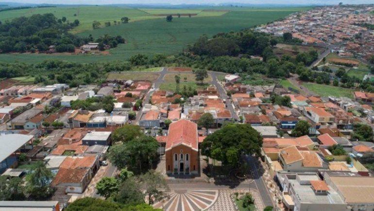 Experimento en Brasil: vacunan a toda una ciudad para un estudio