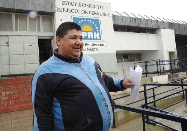 Sandoval avanza con demandas contra el Estado